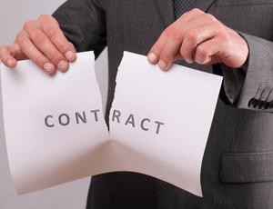 Odstąpienie i wypowiedzenie umowy – jaka jest różnica?